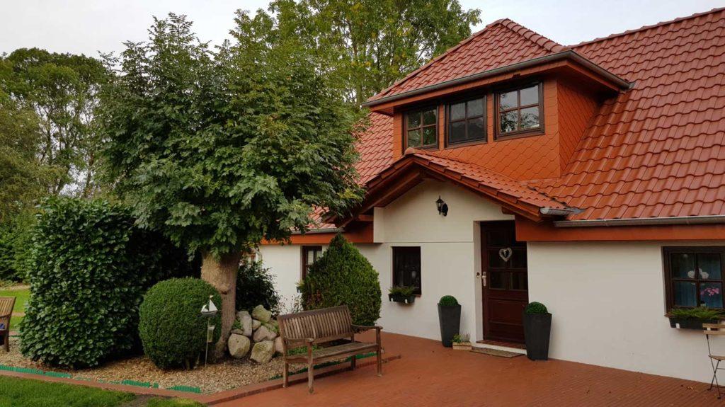 Nachher: Dachsanierung und Wohnraumerweiterung durch eine Gaube